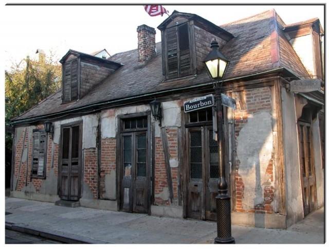 lafittes-blacksmithshop-640x484